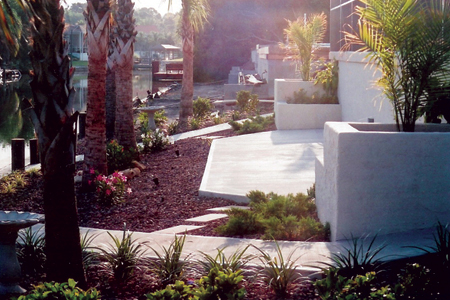 home-improvement-for-concrete-planters-and-concrete-patio