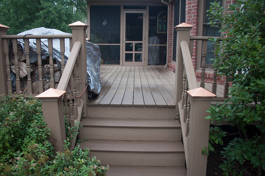deck-pressure-wash-and-sealer