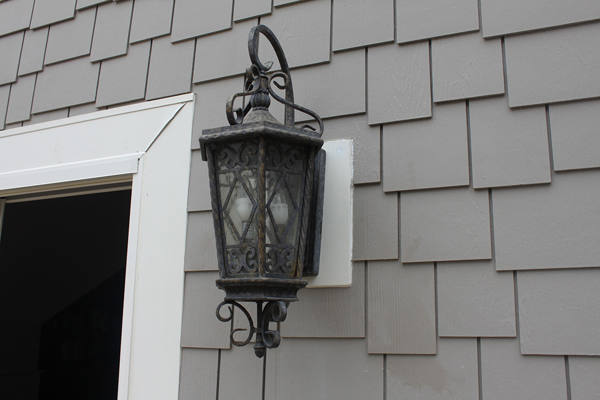 wall-sconce-repair